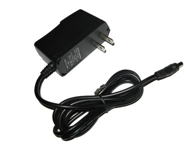 Switching DC Wall Power Adapter 9V / 1A